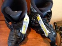 One pair Olin Catalyst skis for female, size 5 ft, 3