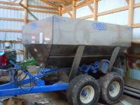 6 ton. Ground drive. Stainless steel. Stored inside.