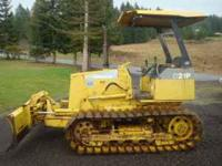 Komatsu d21p 2000 hour, weight is 9000lbs, joy stick
