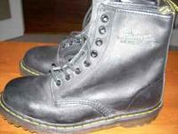Nice pair of quality expensive black boots!  Location:
