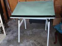 Mobile D adjustable/folding drafting table in great