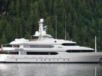 Vessel Walkthrough DREAM has7 staterooms with an