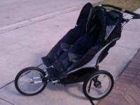 selling a double jogging stroller is in good condition