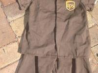 Authentic UPS Delivery Man costume In great condition
