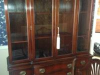 Drexel New Hampton Court Collection China Hutch. Drexel
