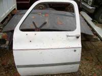 driver door off 1984 chevy pickup. WILL FIT 73 TO 87