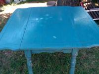 Vintage Drop leaf farm table with french design on the