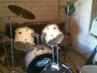 OSP PERCUSSION DRUM SET!!!!! 1 hi hat 2 symbols w ith