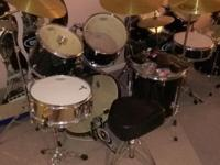 2 complete drum sets. Comes as revealed in photos. I am