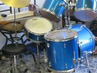 Rhythm Art drums set call or text  Location: