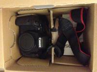 DSLR PROFESSIONAL CAMERA BODY 7D for sale.  Comes with