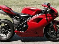 This bike is gorgeous and has no detractions,