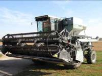 For Sale late model Gleaner L3 FWD combine with 15'