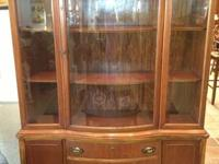 china cabinet Bassett Furniture Company.  Dimensions: