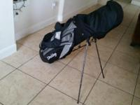 Selling a complete Dunlop Golf Reaction with Hybrid