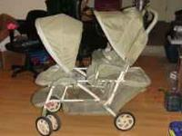 duo glider double stroller in good condition. seats