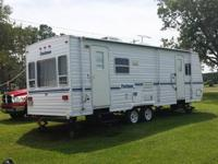 2001, 27'x 8', with Right Single Slide, Sleeps Six,