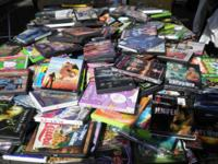 DVD MOVIES FOR SALE .75 C EACH BOX WITH 130 PZS MIX