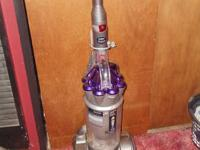 """HERES A DYSON DC17 """"ANIMAL"""" VACUUM CLEANER..ITS IN"""