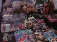 This is a large collection of E.T. items almost too