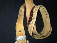 Womens Western Bling Belt made by Tony Lama size 36tan
