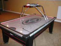 Easton 7.5ft. Stealth Air Hockey Table. Great table,