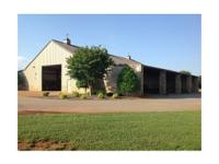 White Oak Plantation is easily located simply minutes