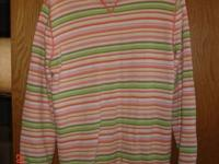 Pretty spring colors. Size Large. In very good