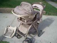 Eddie Bauer stroller in great condition. It comes with