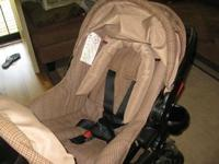 Eddie Bauer car seat stroller combo with base to fit in