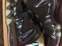 I have a pair of Barkley eggplants size 10.5 they are