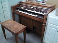 Used Electone Organ West Maple Habitat ReStore 10910