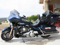 Touring Model - Electra Glide Limited 17000 Miles - new