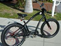 Electra Straight 8, 3 speed, aluminum frame, fat tires,