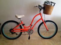 Ladies Electra Townie 7D Bike + Accessories- Loaded