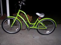 ELECTRA TOWNIE 21 SPEED GREEN BIKE, ONLY RODE A FEW