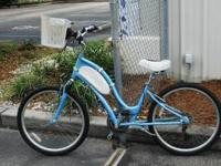 Great cruiser bike high-in. Baby blue and white,
