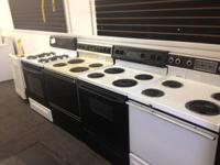 WHITE GE ELECTRIC STOVE $189.00 GREAT CONDITION.  BLACK