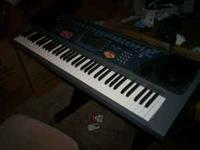 Im selling an electric keyboard. Its in ok shape and