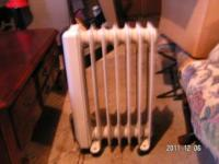 Delonghi oil filled radiator, can be run at 600 watts ,