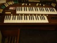 electric organ with bench works, from Kitty Larson