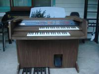 Electric Piano/Organ ... with Bench ..., LOWREY/DEBUT