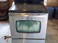 Amana 30 inch smooth top Electric Range Self Cleaning