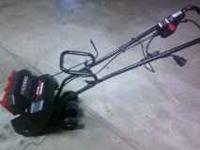 Great little elcetric snow blower. Perfect for small