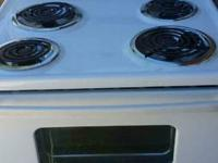 STOVE OVEN RANGE ELECTRIC ABOUT A YEAR OLD WITH IN