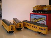 Union Pacific 'FA' style twin diesels plus five