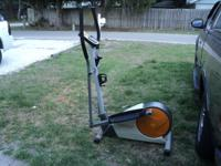 Weslo momentum G3.8 Elliptical $75.00 email or call
