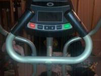 Hardly used Horizon EG5 Elliptical Machine. Has