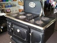 Elmira Range Works Electric Oven for sale. Has that