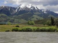 Yellowstone River frontage parcel in the stunningly
